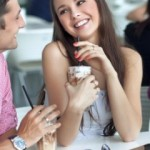 Интересный собеседник для девушки — как им стать?